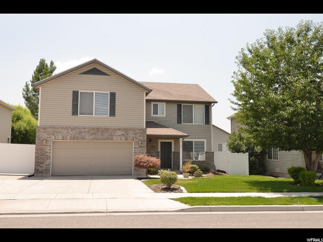 2-Story, Single Family - Clearfield, UT