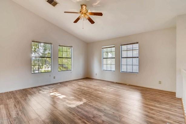 Single Family - Detached - Mesa, AZ (photo 5)