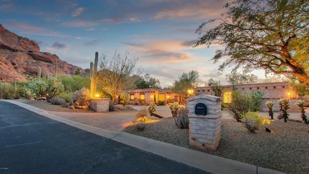Single Family - Detached - Paradise Valley, AZ (photo 1)