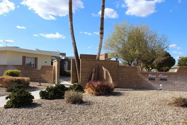 Apartment Style/Flat - Sun City, AZ (photo 2)