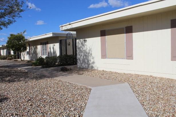 Apartment Style/Flat - Sun City, AZ (photo 3)