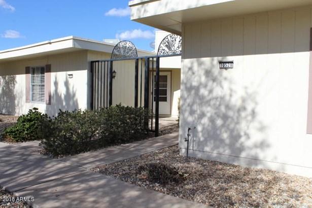 Apartment Style/Flat - Sun City, AZ (photo 4)