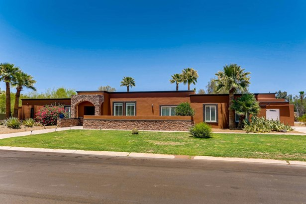 Single Family - Detached, Ranch - Paradise Valley, AZ (photo 2)