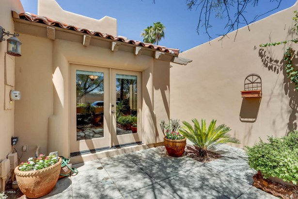 Townhouse, Territorial/Santa Fe - Scottsdale, AZ (photo 3)