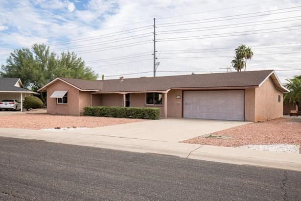 Single Family - Detached, Ranch - Sun City, AZ (photo 2)