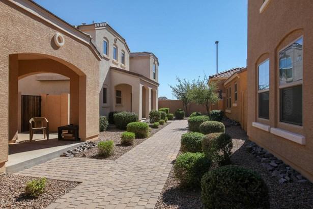 Single Family - Detached, Territorial/Santa Fe - Gilbert, AZ (photo 2)