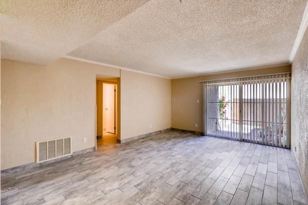 Apartment Style/Flat - Scottsdale, AZ (photo 2)