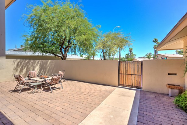 Single Family - Detached - Scottsdale, AZ (photo 4)