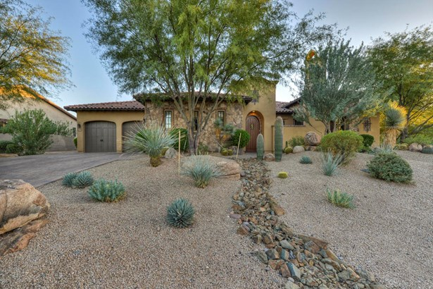 Single Family - Detached - Carefree, AZ (photo 2)