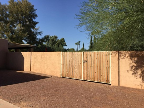 Single Family - Detached, Ranch - Paradise Valley, AZ (photo 4)