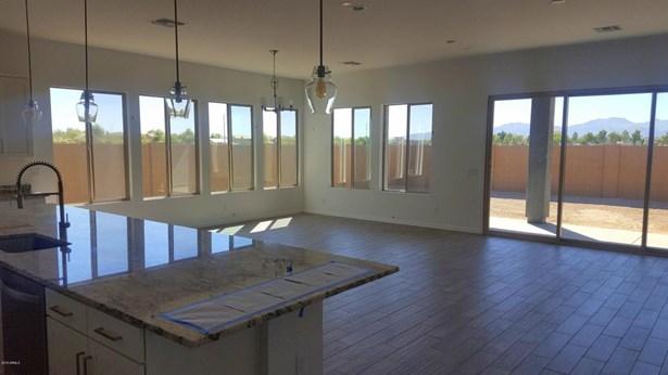 Single Family - Detached, Ranch - Surprise, AZ (photo 3)