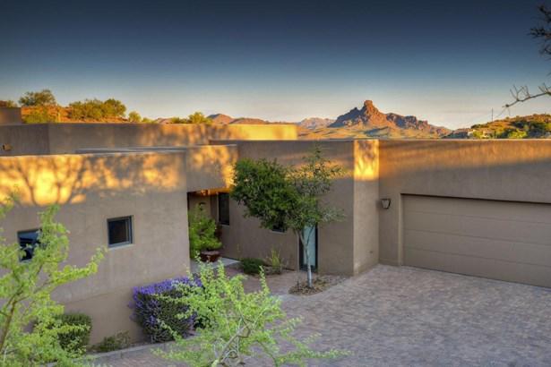 Single Family - Detached, Contemporary - Fountain Hills, AZ (photo 2)