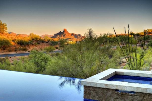 Single Family - Detached, Contemporary - Fountain Hills, AZ (photo 3)