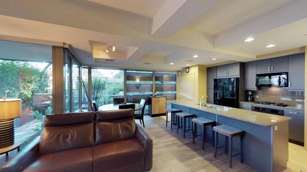 Apartment Style/Flat, Contemporary - Scottsdale, AZ (photo 1)