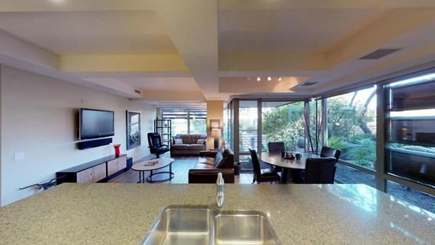 Apartment Style/Flat, Contemporary - Scottsdale, AZ (photo 3)