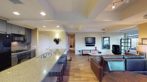 Apartment Style/Flat, Contemporary - Scottsdale, AZ (photo 4)