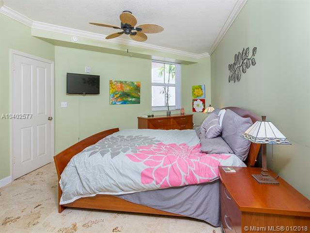 9172 Collins Ave 305, Surfside, FL - USA (photo 4)