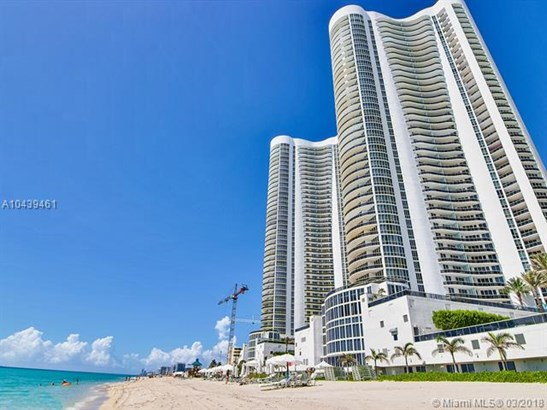 Trump Tower Iii, 15811 Collins Ave 1206, Sunny Isles Beach, FL - USA (photo 3)