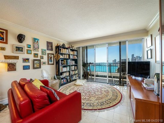 Venetia, 555 Ne 15th St 22i, Miami, FL - USA (photo 1)