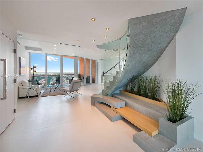 Portofino Tower, 300 S Pointe Dr Lp4004, Miami Beach, FL - USA (photo 2)