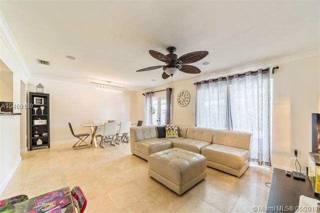 490 Central Blvd, Miami, FL - USA (photo 5)