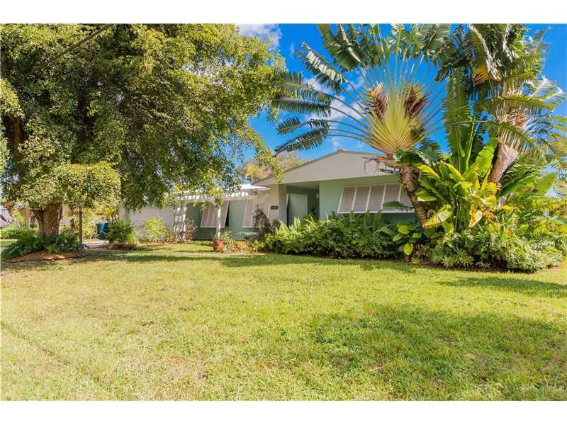 5955 Sw 64 Ave, South Miami, FL - USA (photo 1)