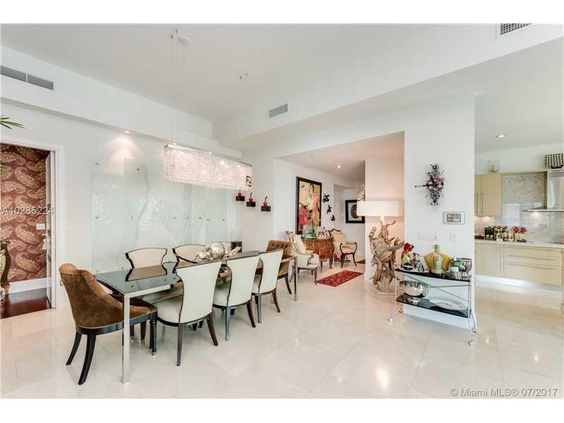 Asia Condo, 900 Brickell Key Bl 2901, Miami, FL - USA (photo 3)