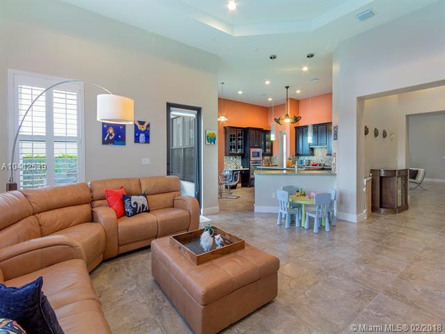 2880 Nw 82nd Way, Pembroke Pines, FL - USA (photo 5)