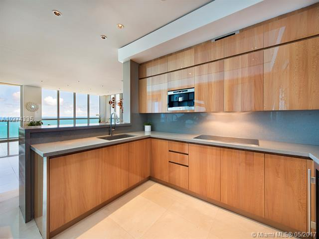 Continuum North, 50 S Pointe Dr 2802, Miami Beach, FL - USA (photo 2)