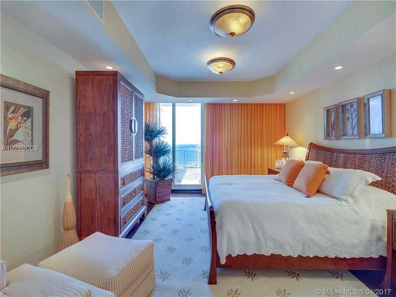 Club Tower Three, 781 Crandon Blvd Ph3, Key Biscayne, FL - USA (photo 4)