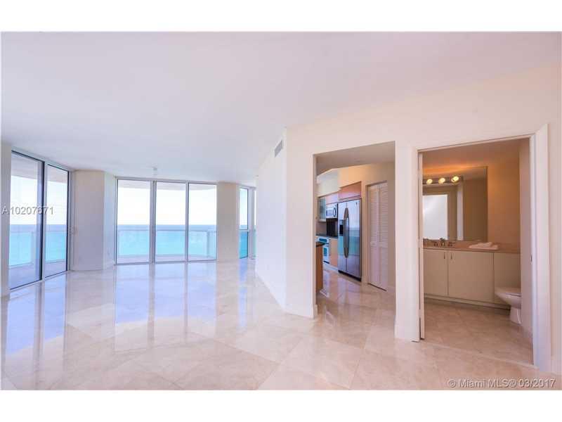 Akoya, 6365 Collins Ave 2101, Miami Beach, FL - USA (photo 3)