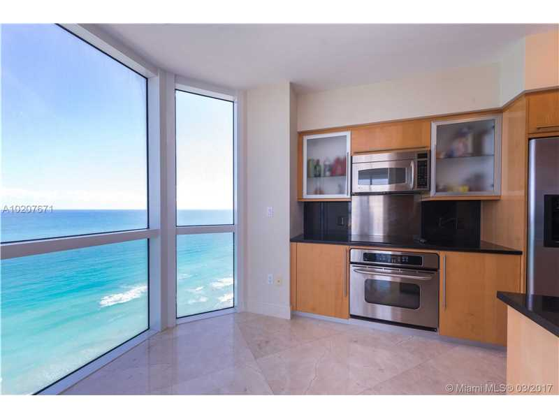 Akoya, 6365 Collins Ave 2101, Miami Beach, FL - USA (photo 5)