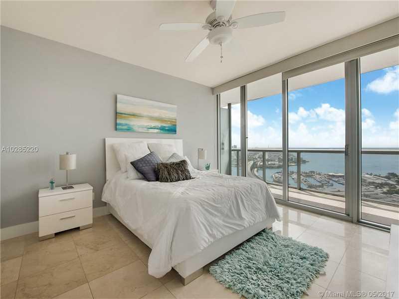 Marina Blue, 888 Biscayne Blvd 3603, Miami, FL - USA (photo 5)