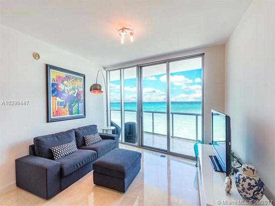 Jade Beach, 17001 Collins Ave 1107, Sunny Isles Beach, FL - USA (photo 1)