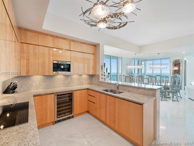 Continuum, 50 S Pointe Dr 1801, Miami Beach, FL - USA (photo 3)