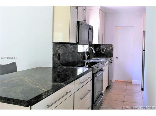 7001 Sw 63 Ct, South Miami, FL - USA (photo 4)