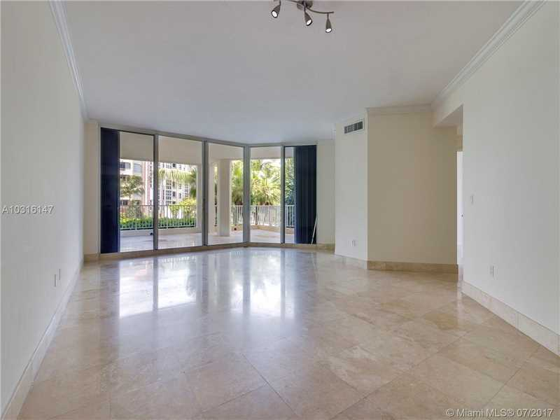 705 Crandon Blvd 205, Key Biscayne, FL - USA (photo 1)