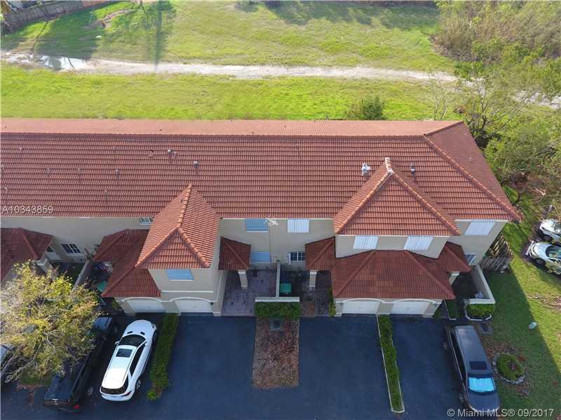 Bridgeport Villas, 14330 Sw 126th Pl, Miami, FL - USA (photo 4)