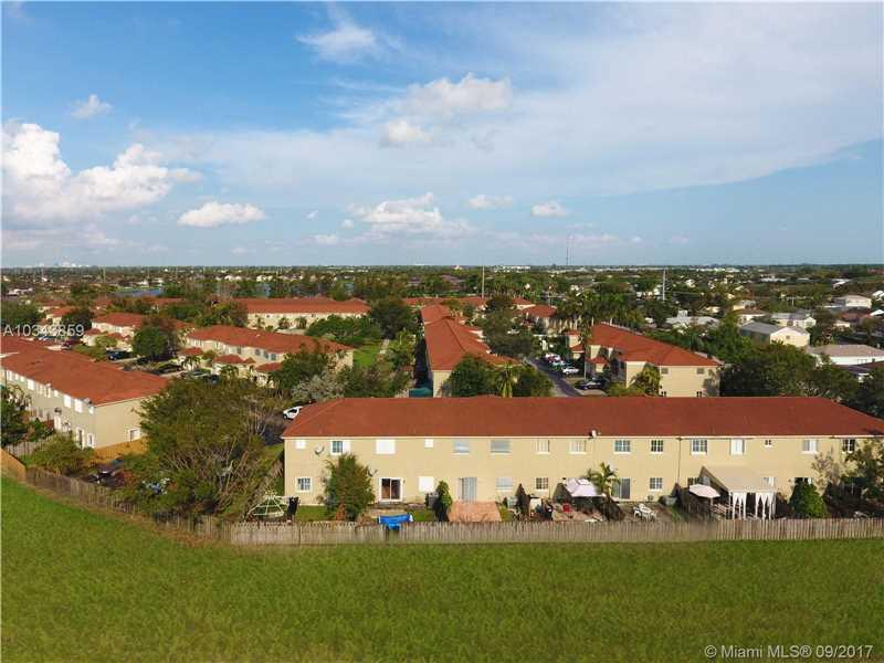 Bridgeport Villas, 14330 Sw 126th Pl, Miami, FL - USA (photo 5)