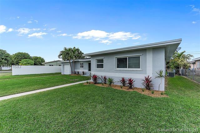 8035 Sw 10th Ter, Miami, FL - USA (photo 2)