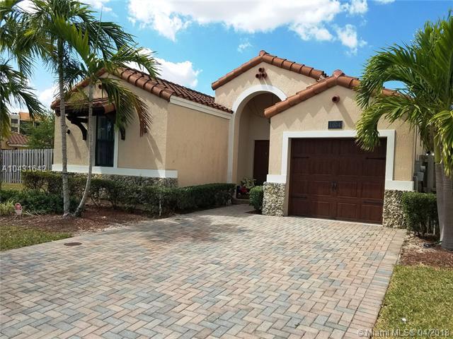 1004 Nw 99 Passage, Miami, FL - USA (photo 3)