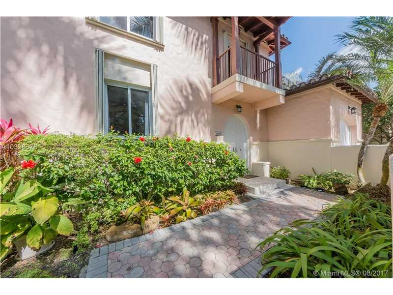 13632 Sw 60 Ave, Coral Gables, FL - USA (photo 2)