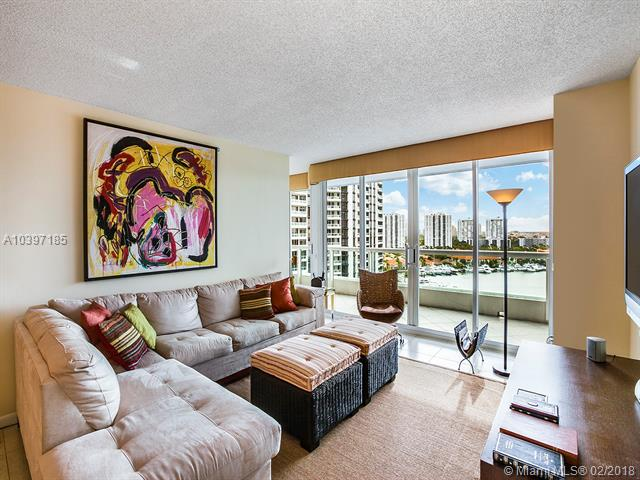 North Tower At The P, 21205 Yacht Club Dr 1504, Aventura, FL - USA (photo 2)