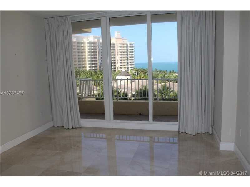 Club Tower One, 789 Crandon Blvd 801, Key Biscayne, FL - USA (photo 5)