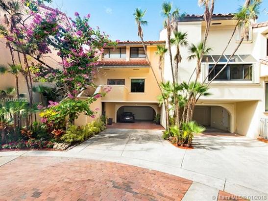 L Hermitage, 2000 S Bayshore Dr 27, Miami, FL - USA (photo 2)