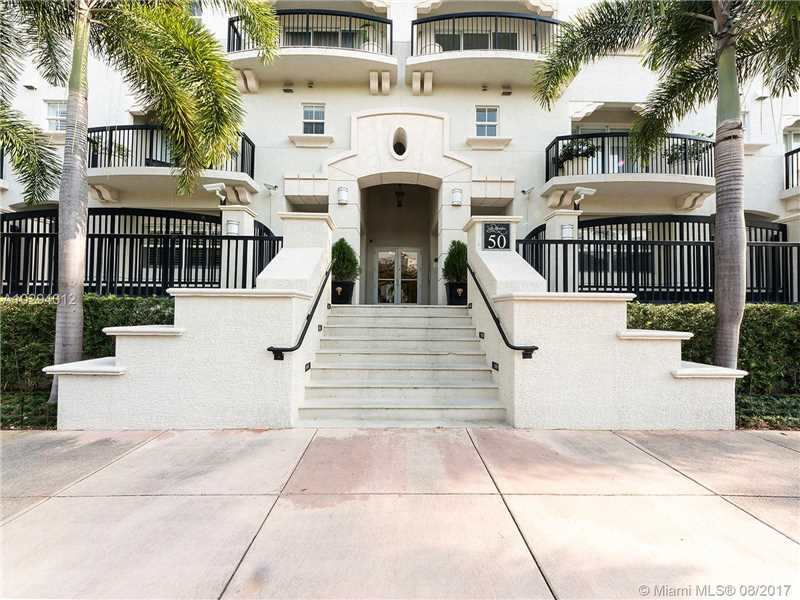 Villa Alhambra, 50 Alhambra Circle 106, Coral Gables, FL - USA (photo 1)