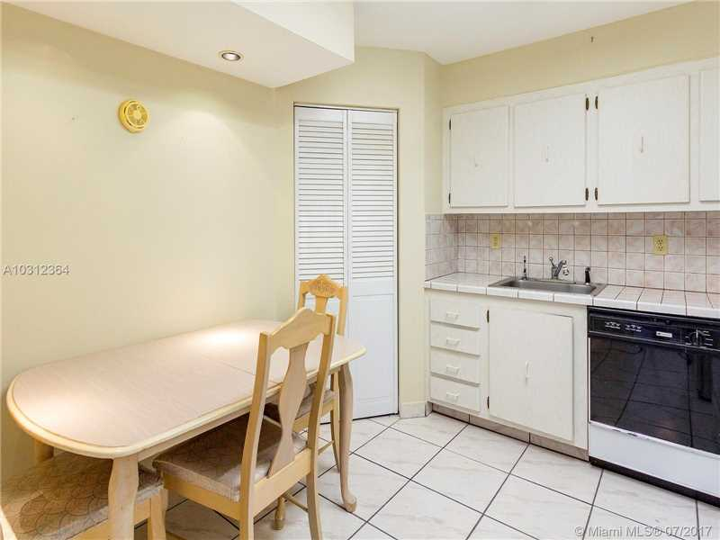 Manatee Condo, 9273 Collins Ave 802, Surfside, FL - USA (photo 2)