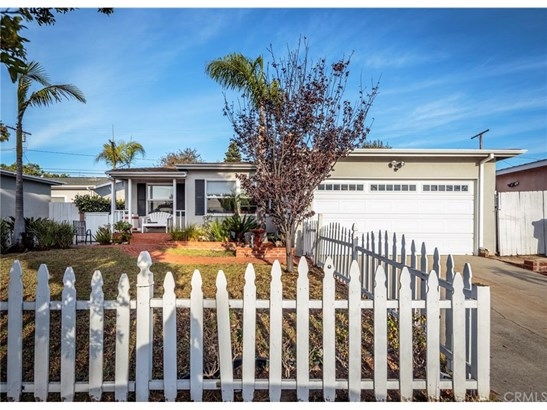Single Family Residence, Traditional - Torrance, CA (photo 2)