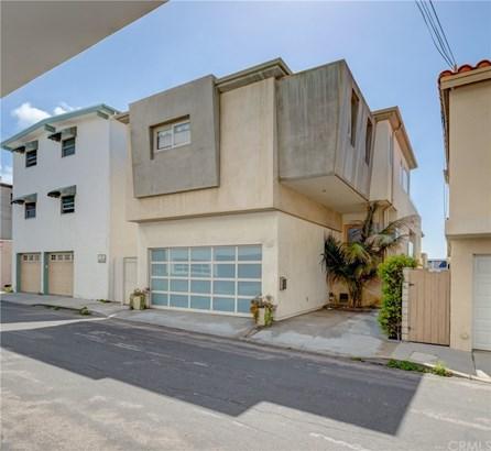 Condominium - Manhattan Beach, CA