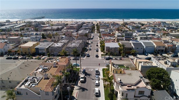 Residential Income - Hermosa Beach, CA
